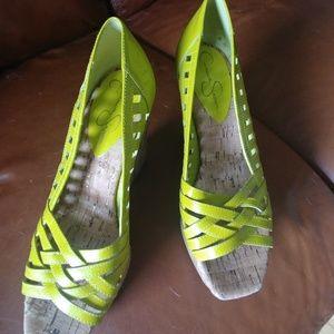 EUC Jessica Simpson Tamand lime green wedge sandal